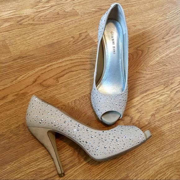 c21a477cf54 Gianni Bini Upper Leather Peep Toe Heels